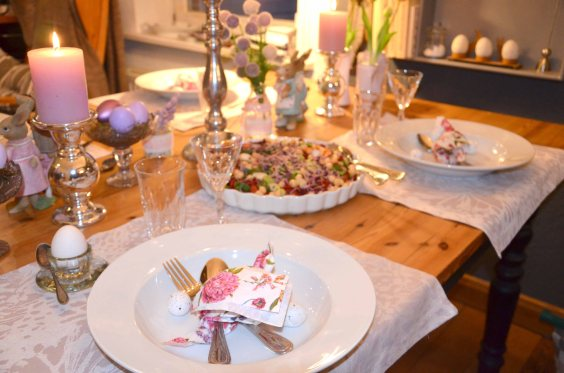 Tischdeko Ostern lila